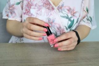 Clothes & Dreams: Upgrading my pink manicure