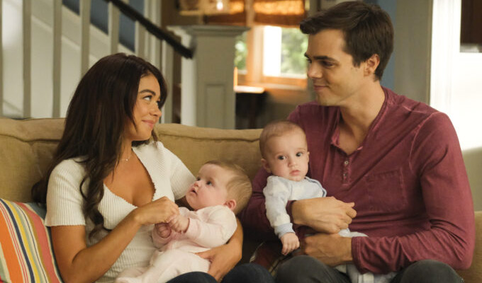 modern family s11 twins
