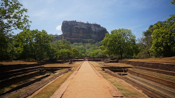 sigiriya sri lanka photo