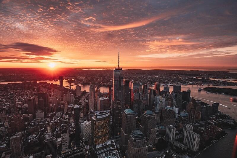 vol helicoptere au dessus de new york
