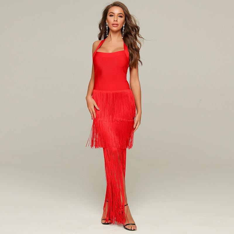 Modelbild langes rotes Kleid von vorne