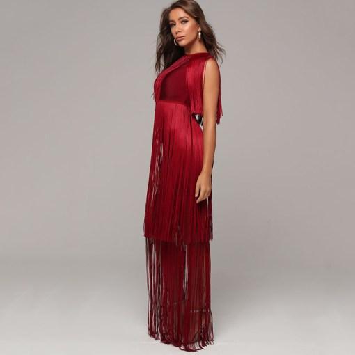 Modelbild Fransenkleid rot seitlich