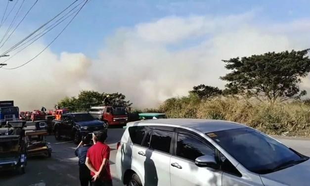 Bakanteng lote sa Mamplasan, San Pedro Laguna, naging mini forest fire
