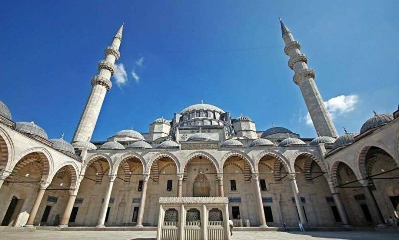 موعد صلاة الفجر في اسطنبول