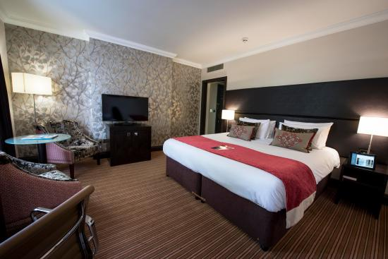 superior-bedroom