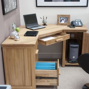 Desk Ideas Lovely Wood Basic Puter Desk for Fabulous and Delightful Simple