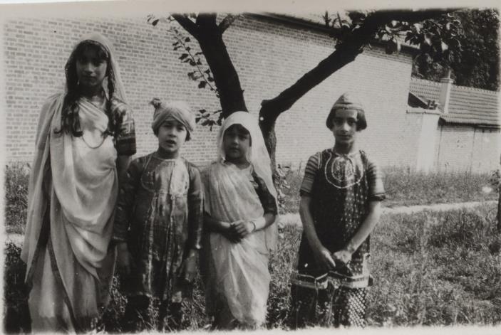 Noor, Hidayat, Khairunissa, and Vilayat. 1926