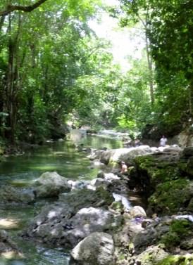 Below Cascada Agua Caliente - Rio Dulce