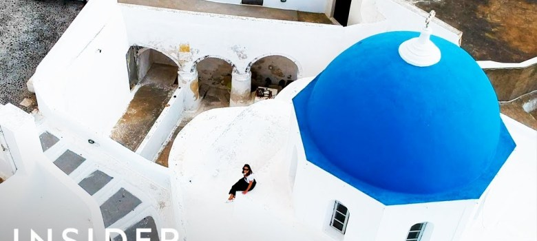 The unexpected reason why Greece is painted white and blue 1