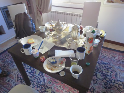 The remains of breakfast.