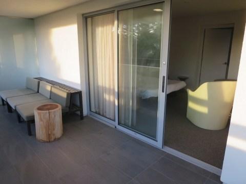 Virtual porch in 534