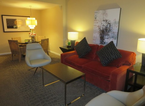 902 sitting room