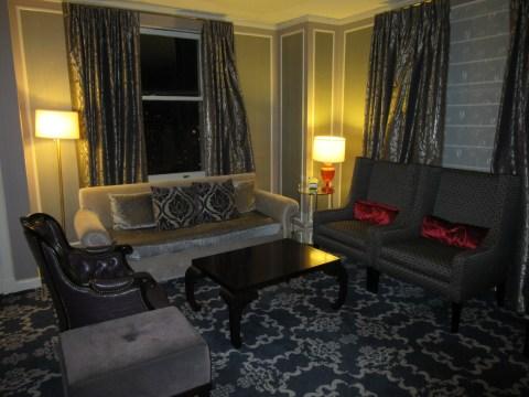 Sitting room 2007 suite