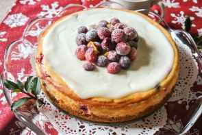 Cranberry Lemon Cheesecake