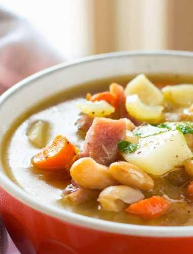 One Pot Ham Potato and Bean Soup