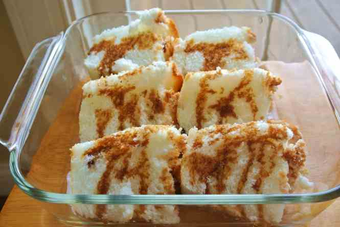 Angel Food cake with espresso coffee, vanilla and coffee liquor