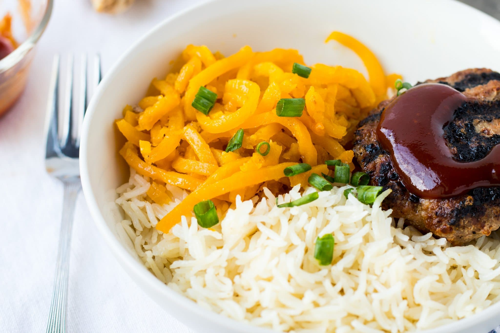 Asian Turkey Burger Bowls with Sriracha Honey Sauce with Butternut Squash & rice are an easy, healthy and delicious dinner. Meal prep for the week!