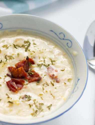 One Pot Thick New England Clam Chowder