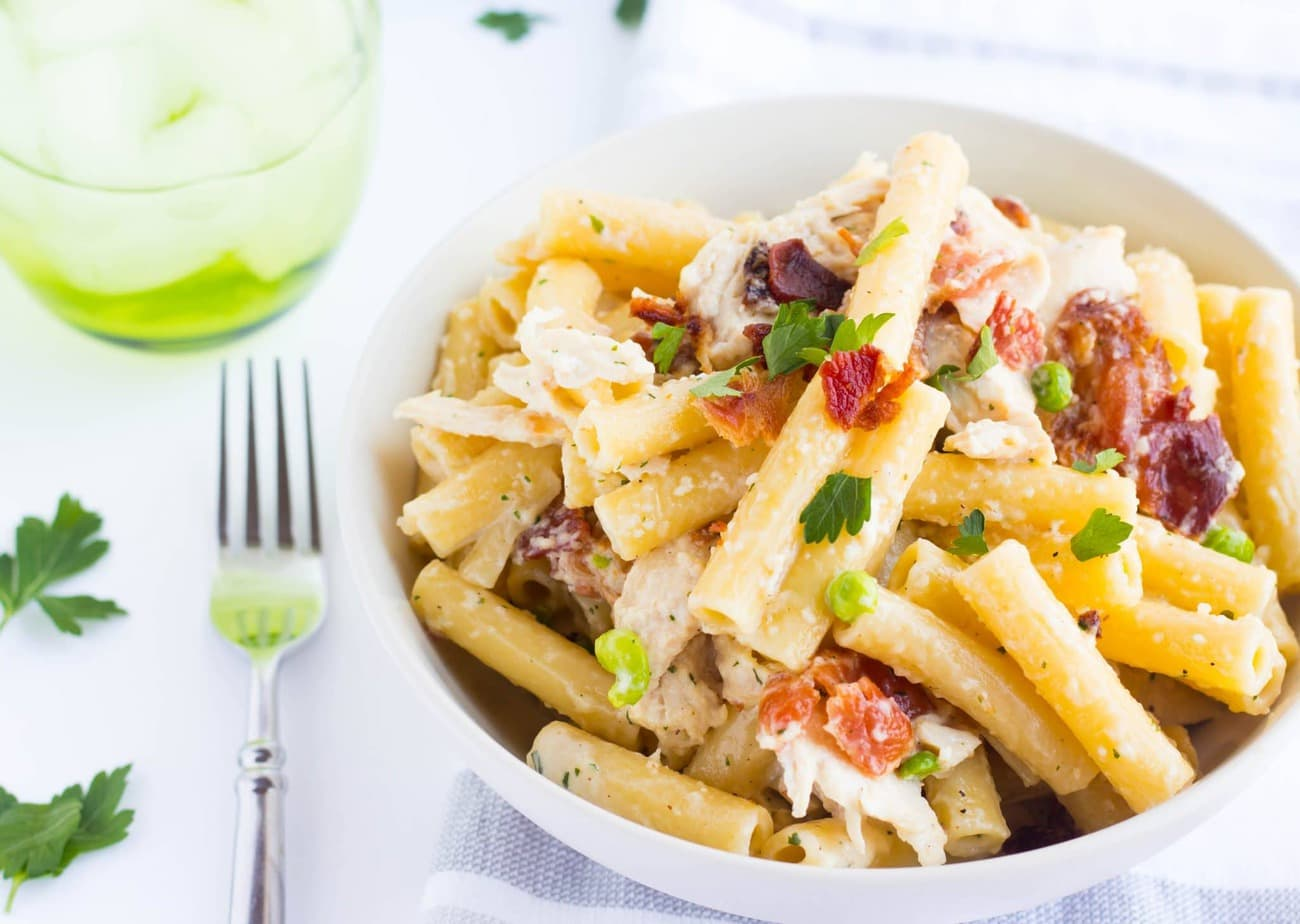 Creamy Chicken Bacon Ranch Pasta
