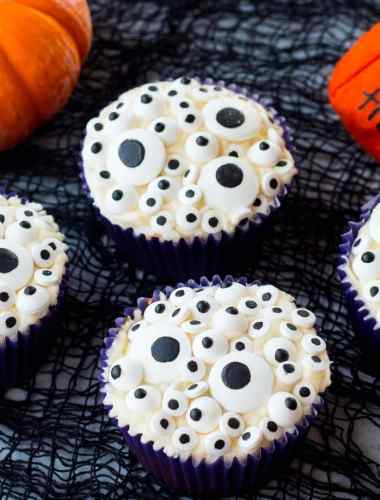 Monster Eyes Cupcakes