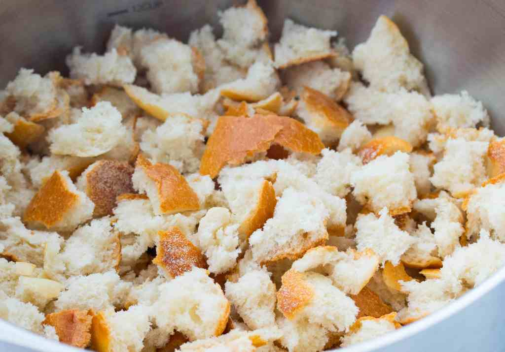 bread cubes for bread stuffing