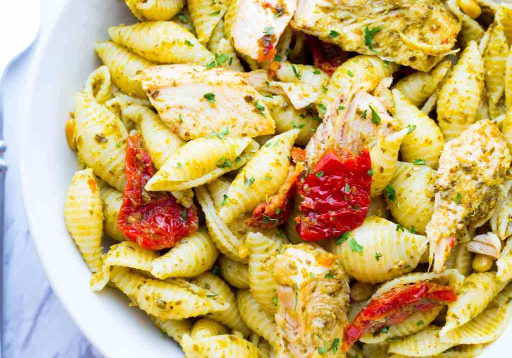 Chicken Pesto Pasta with Sun Dried Tomatoes