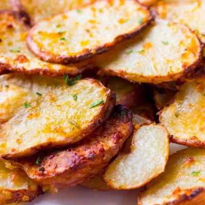 Parmesan Rosemary Air Fryer Roasted Potatoes-6 ingredients