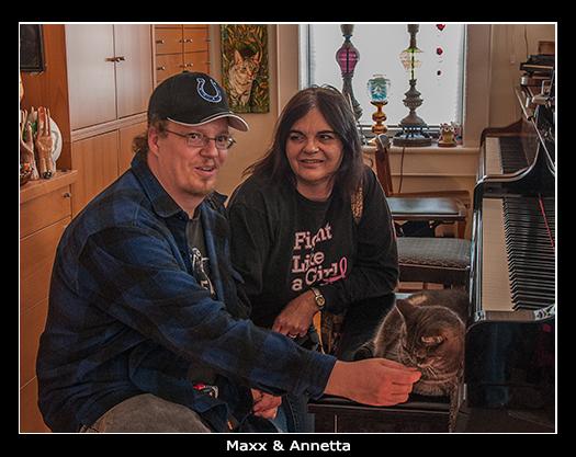 Maxx & Annetta visiting Nora