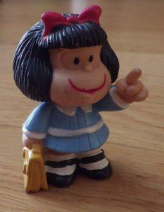 Figurita Mafalda