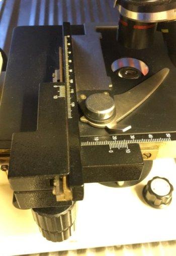 Mikroskop-04-Objektplateholder
