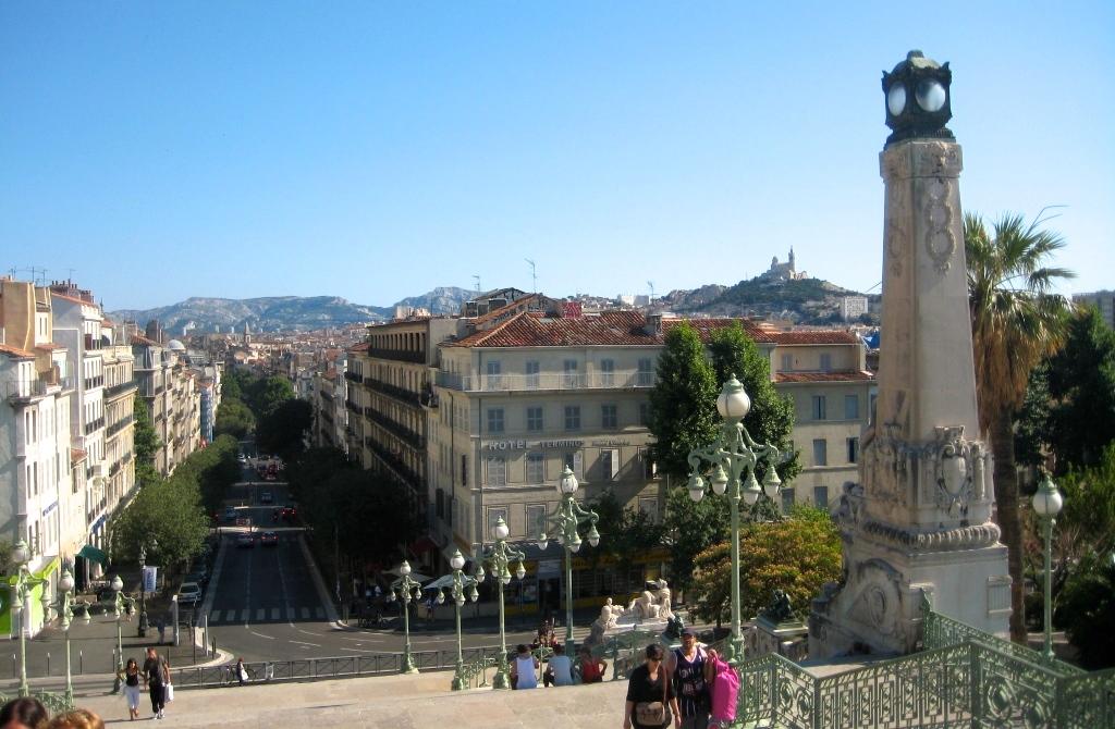 Marseille, la gare Saint-Charles où tout commence