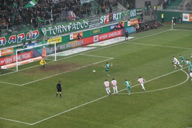 Elfmetertor von Giorgio Kvilitaia zum 1:0