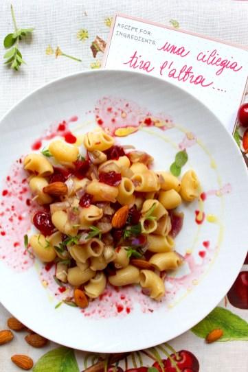 Pasta-con-ciliegie-e-melanzane