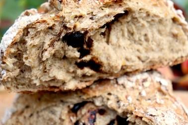 pane-con-aglio-nero