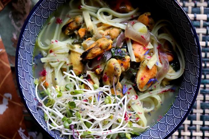 noodles-con-daikon-cozze-e-arance
