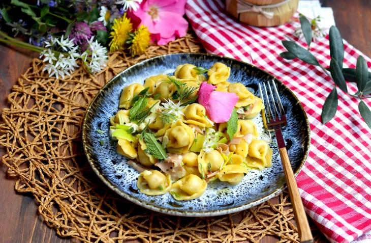 ricetta-tortellini-toscani