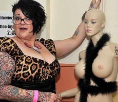Tattoo-und-Piercingmesse