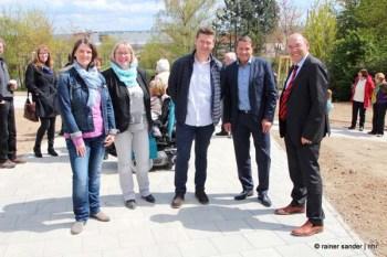 Sie haben Grenzen überwunden: Tanja Borchert (SOKA-Bau), Silke Engler, Jürgen Bluhm (GWH), Christian Wedler (Wohnstadt) und Manfred Schaub (Foto: Rainer Sander)