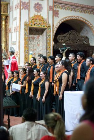 The wonderful Arakaendar Chorus of Santa Cruz