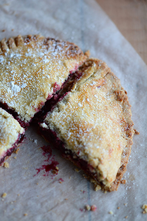 Cherry pie, placinte su visine from Moldova