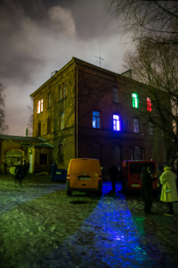 Outdoor shot of the location of the larp, which took place at an abandoned asylum in Helsinki, Finland. The Blue, Green, and Red rooms are visible. Photo by Tuomas Puikkonen.
