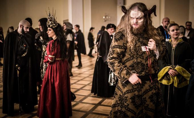 While some political meetings occurred, the majority of social play transpired in the ballroom. Photo by Przemysław Jendroska and Nadina Wiórkiewicz for Dziobak Larp Studios.