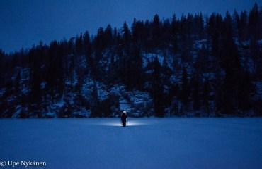 walking-on-ice-upenykanen