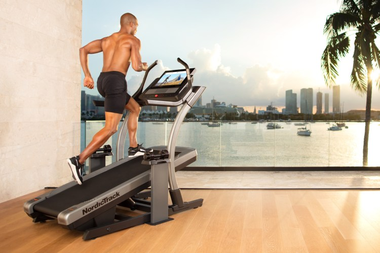 nordictrack x22 incline trainer