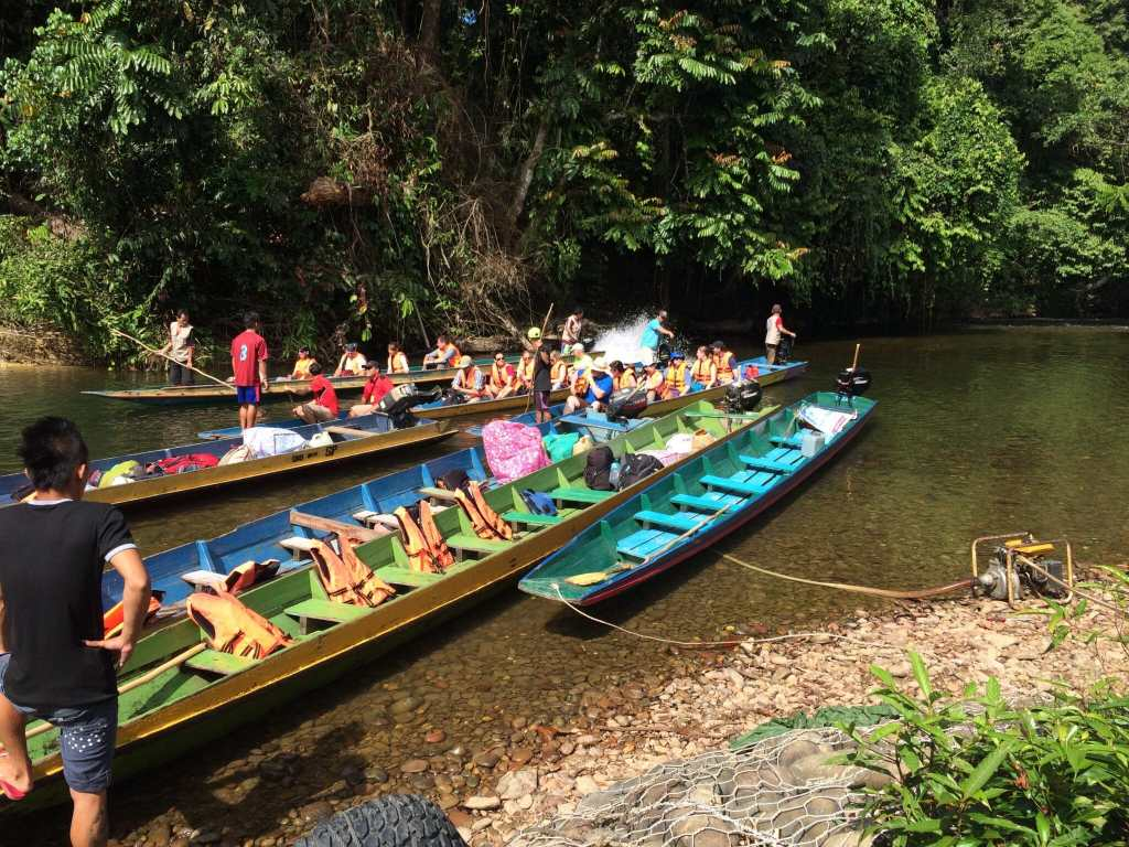 A three week Borneo itinerary for nature lovers