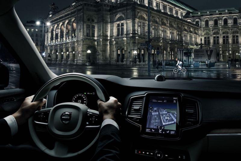 Volvo Life Paint: Licht reflektierender Spray für mehr Sicherheit im Straßenverkehr
