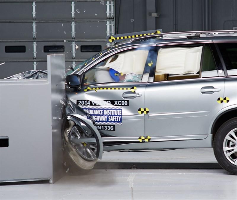 Volvo XC90, besonder sicher.
