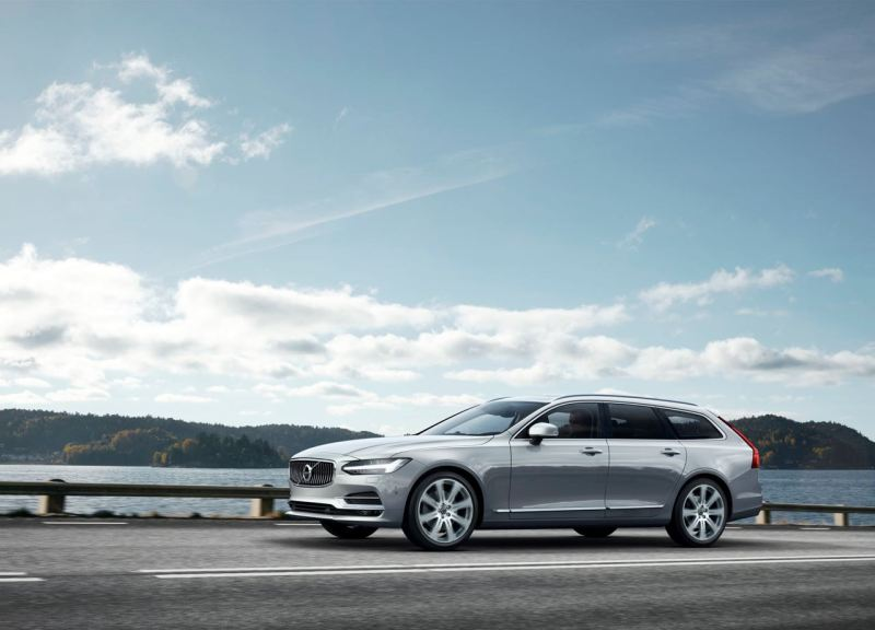 Volvo V90 Location Front 7/8