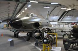 Bei vielen Jets ist ein Blick in das Cockpit möglich.