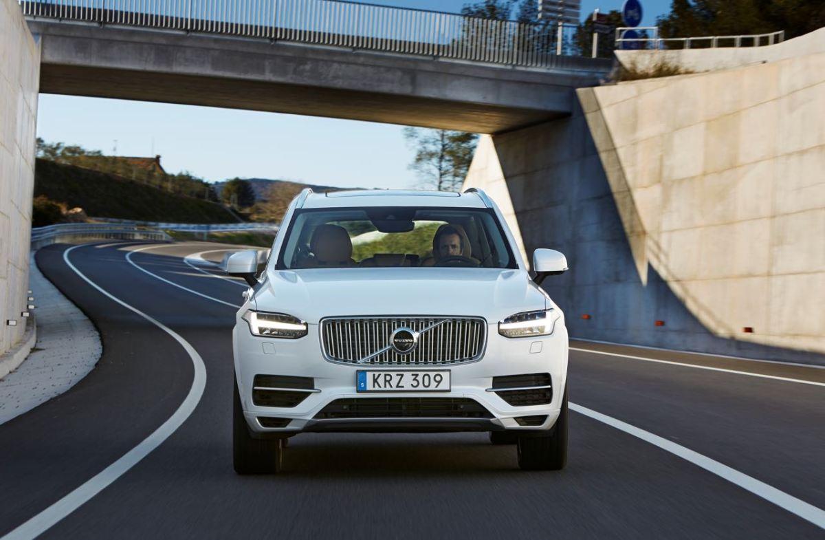 AMS NOx Abgastest bei Volvo S90, XC90 und V40
